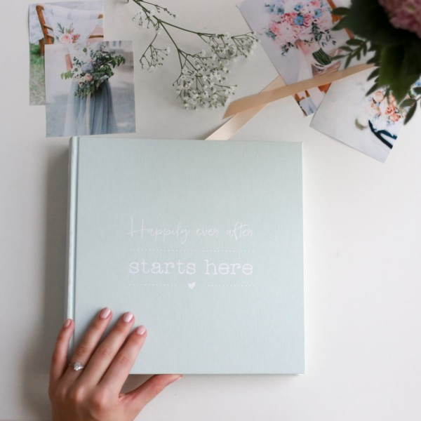 """Fotoalbum """"Happily ever after starts here"""""""