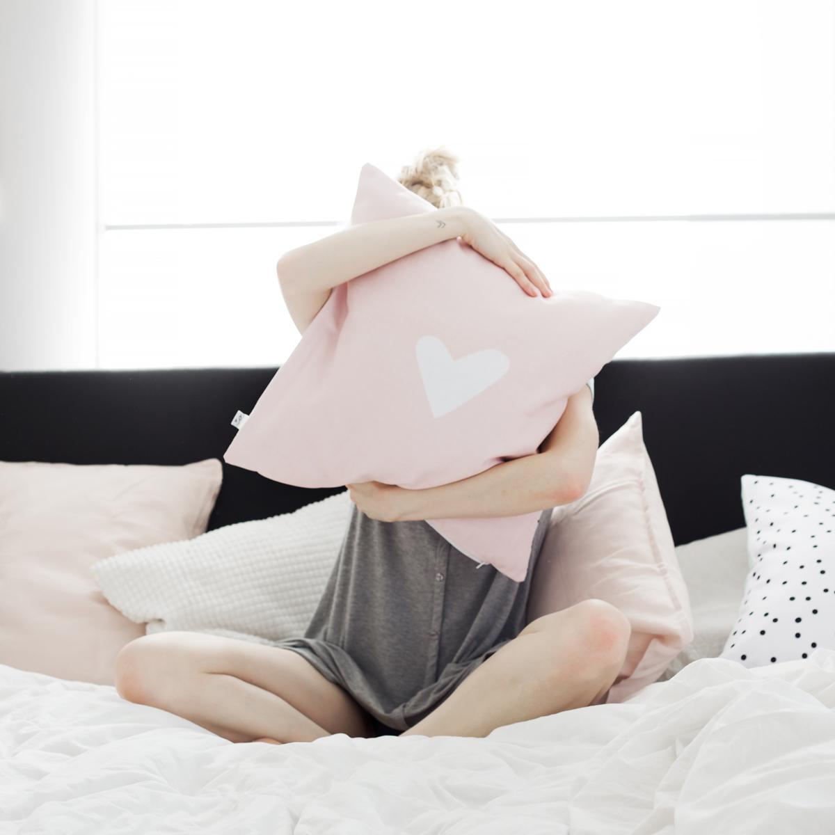 kissenh lle 50x50 rosa mit streifen. Black Bedroom Furniture Sets. Home Design Ideas