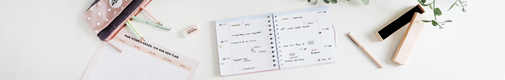Schülerkalender 2017/2018 mit Stickerbogen