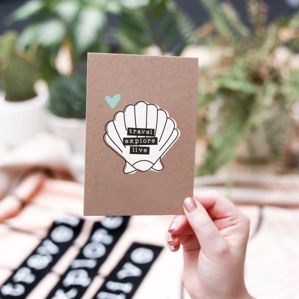 """Postkarte Kraftpapier """"travel, explore, live"""""""