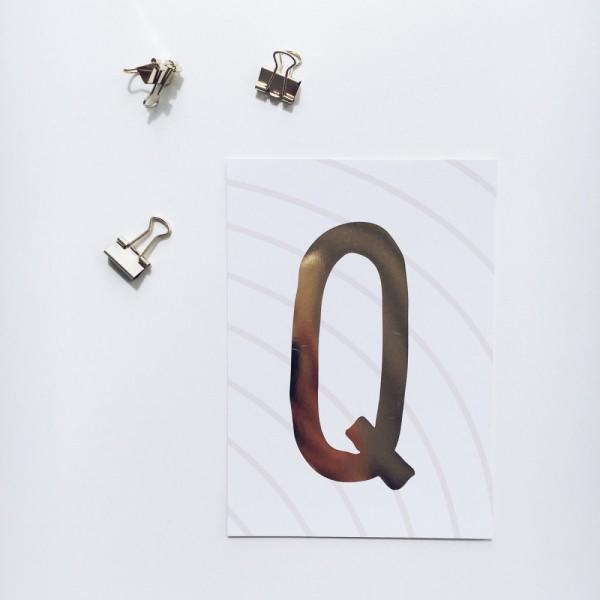 """Glitzer Postkarte """"Q"""""""